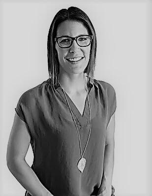 Ashley Dushire, Massage Therapist
